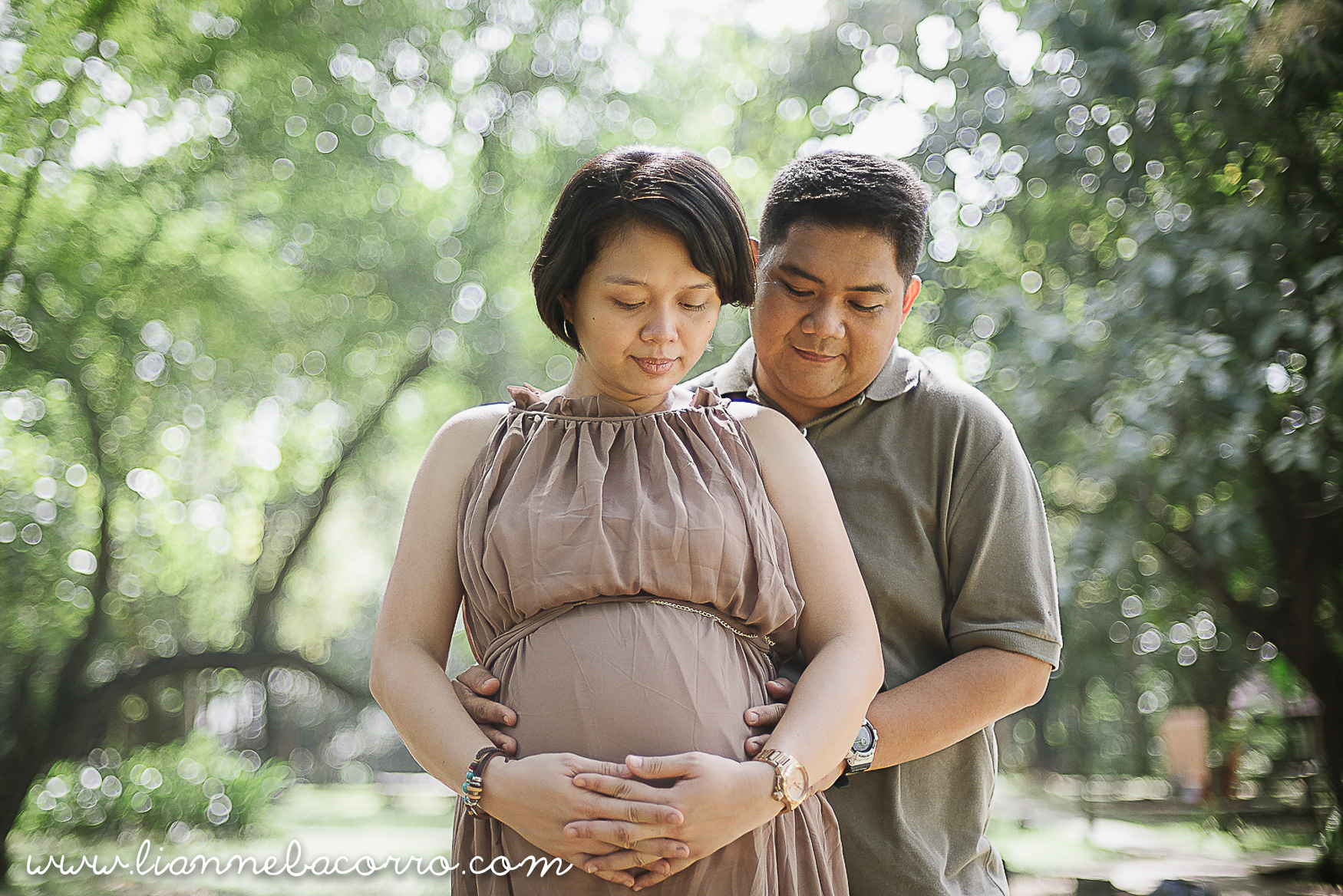 Lifestyle Maternity Family Photography by Lianne Bacorro-35