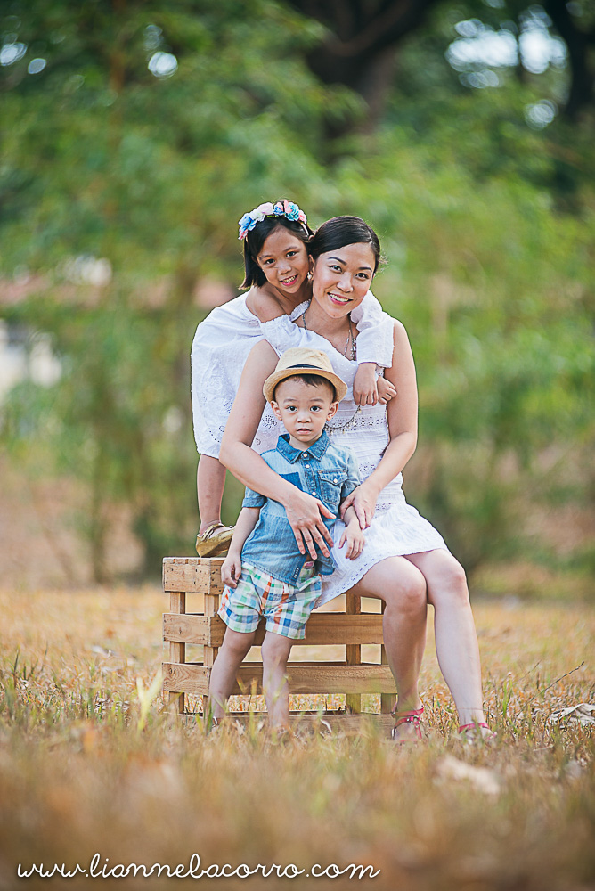 May 2016 - Geli - Family Portrait Photography - Lianne Bacorro - Something Pretty Manila-7