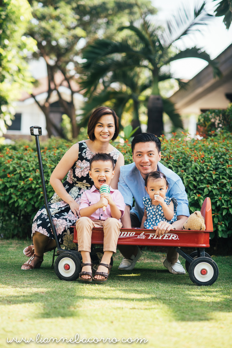 Inocencio Family - Photography by Lianne Bacorro - Family Portraits - Nina Lazaro-23