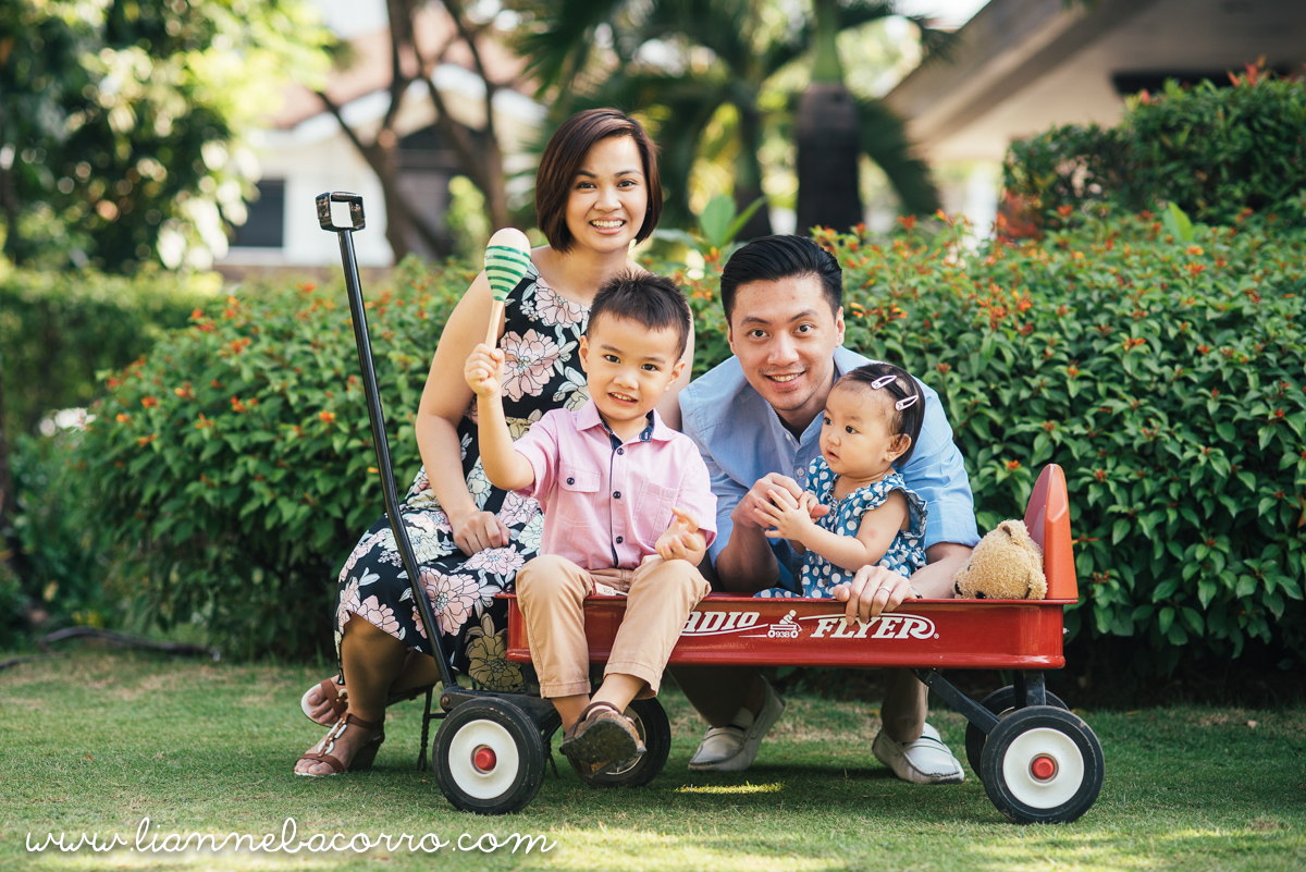 Inocencio Family - Photography by Lianne Bacorro - Family Portraits - Nina Lazaro-28